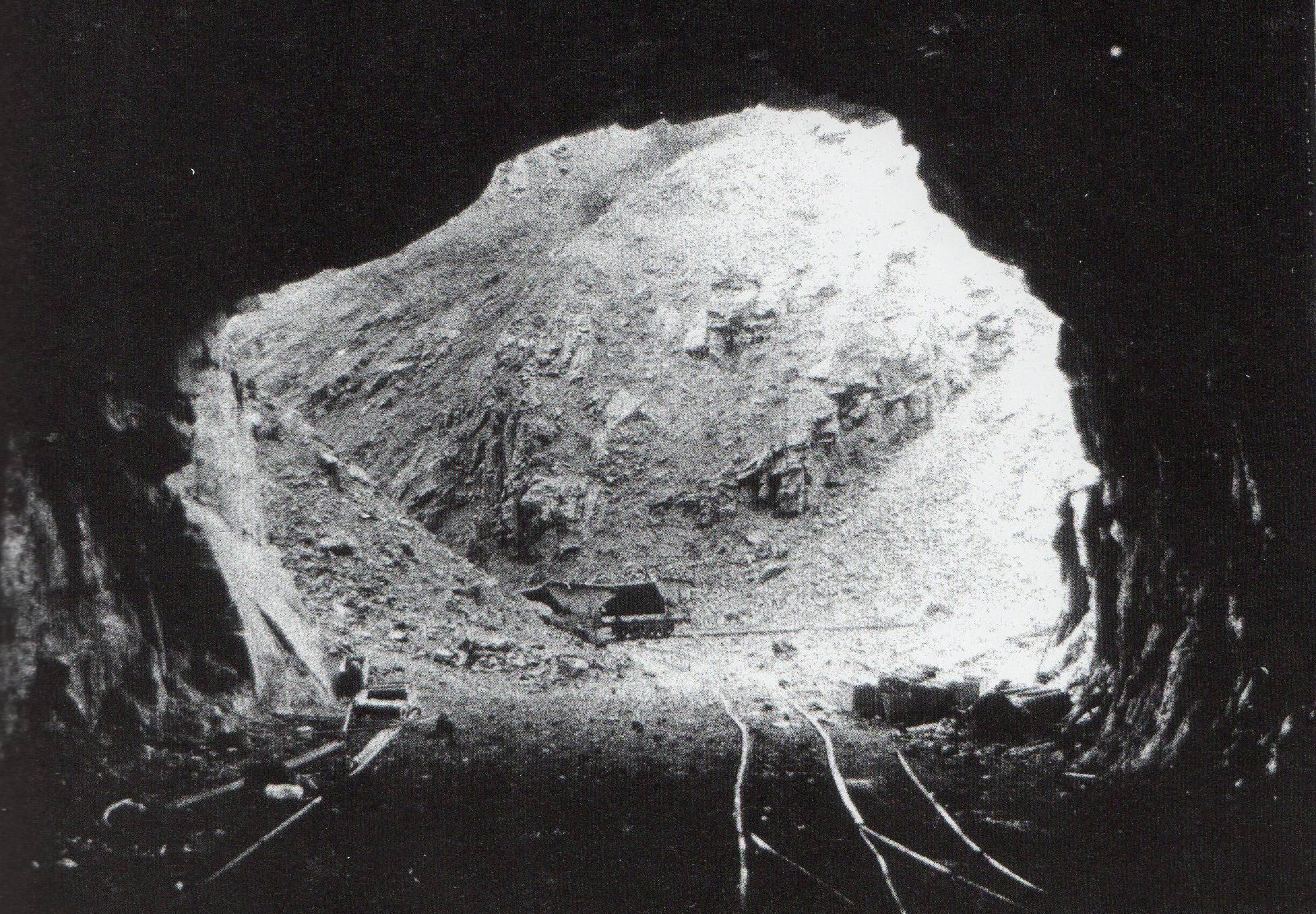 Archiv der Gedenkstätte Vulkan